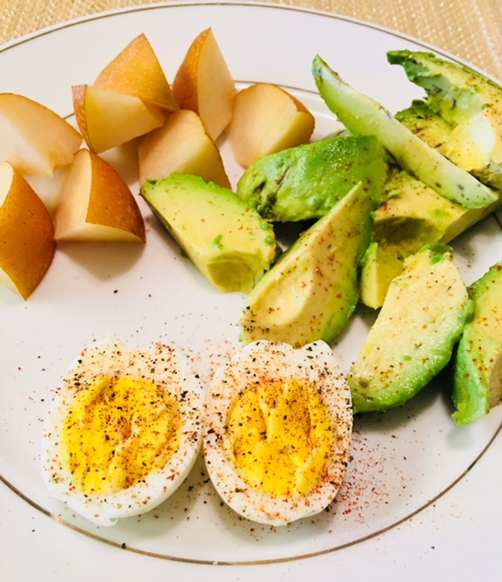 Perfectly Hard-boiled Egg with Pear and Avocado