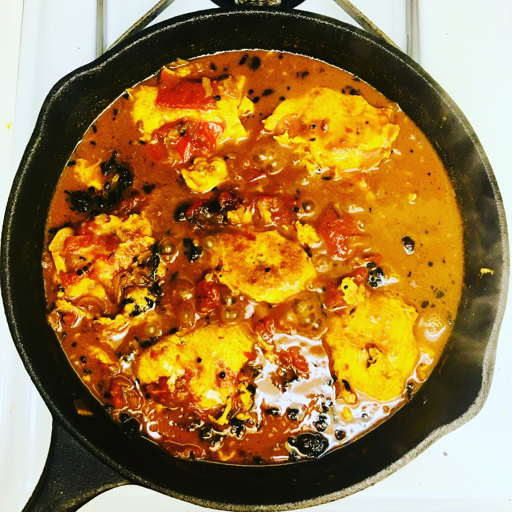 Poached egg curry in tamarind sauce