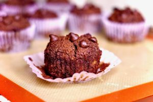 Chocolate-Almond Banana Cupcake